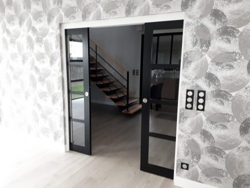 pose de portes int rieures par menuiserie olivier 22. Black Bedroom Furniture Sets. Home Design Ideas